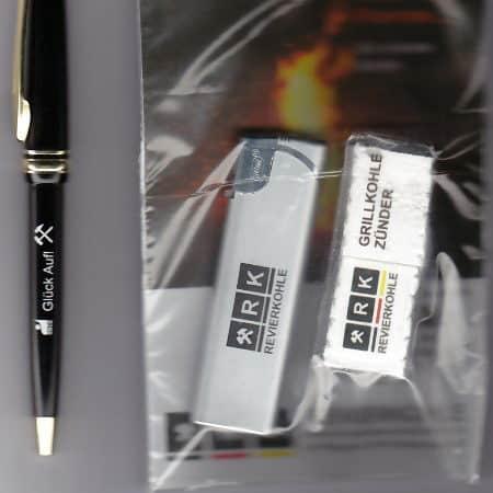 Kugelschreiber,Grillkohle u. Feuerzeug