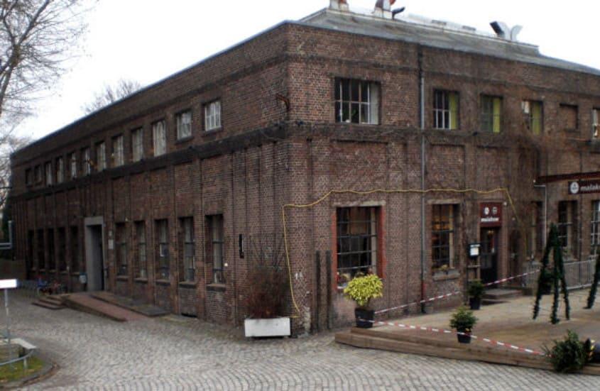 Zeche Carl Verwaltungs-und Kauengebäude foto- Walter Buschmann