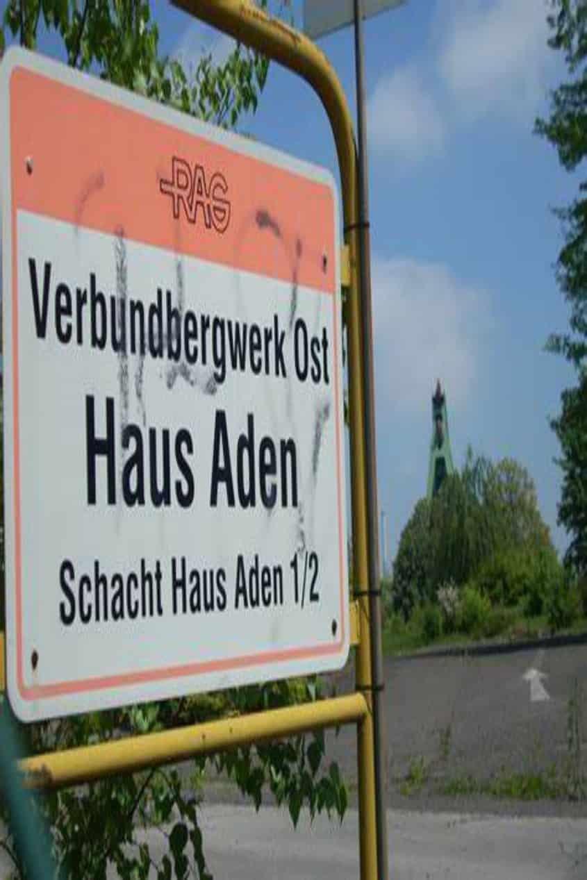 Haus Aden Hinweisschild
