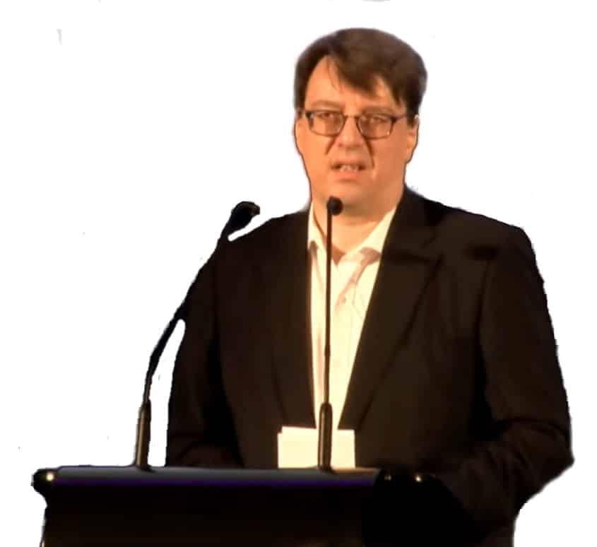 Dr. Holger Thuß