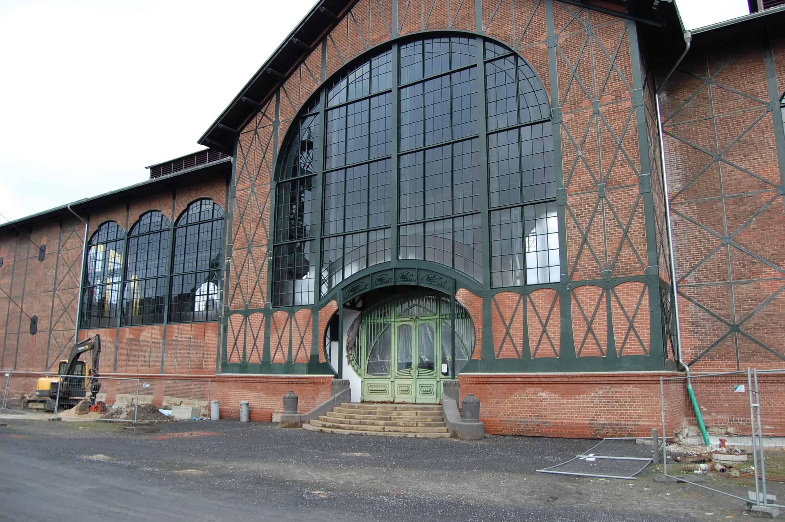 Eingang zur Maschinenhalle der Zeche Zollern II/IV in Dortmund-Bövinghausen, Foto: Revierkohle